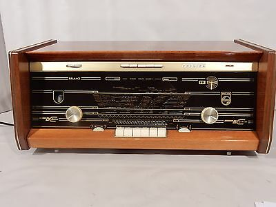 """Philips B6X43A  Near mint and fabulous good sound """"Full stereo 104Mhz"""