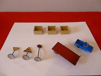 'oo' Gauge Hornby Dublo/dinky Toys Small Assortment Of Items For Spares/repair