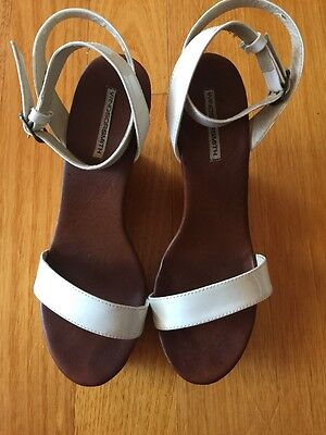 Windsorsmith White Patent Leather Wedge Shoes Size 9