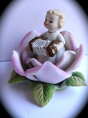 """LEFTON Figurine Child Playing Accordion in Flower KW1699A Pink 3"""""""