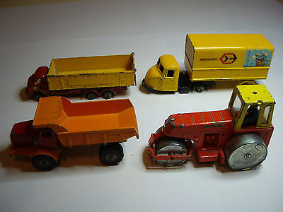 A Lot Of 4 Vintage 1960-70 Die-Cast Builders Toys : 1 Dinky + 3 Matchbox Budgie
