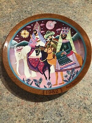 "Heidi Keller Nativity Limited Edition 9.5"" Christmas Plate ""FOLLOWING THE STAR"""