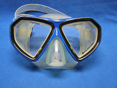 US Divers Cardiff LX Solid Blue SCUBA and Snorkeling Mask