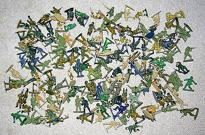 Job Lot of plastic OO scale soldiers
