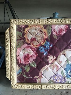VINTAGE SHAbbY QUILTED ROSES & SCROLLS DISPLAY JEWELLERY TRAY