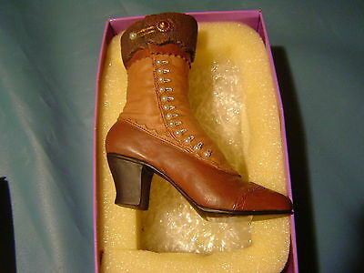 Just The Right Shoe HIGH BUTTONED BOOT #25034 NEW (379)