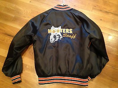 VINTAGE 'HOOTERS STAFF' JACKET! EMBROIDERED WITH OWL BLACK Satin NYLON Large