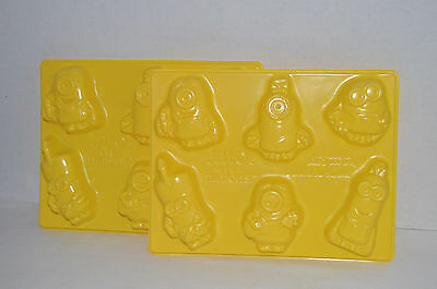 Despicable Me Jell-O Minion Jello Jigglers Mold Kit Trays Yellow Universal