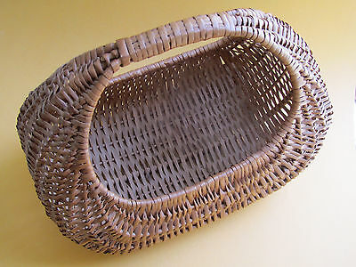 Vintage Large Woven Gathering Egg Buttock Basket Country Farmhouse Decor Wicker