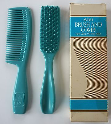 Vintage Avon Brush and Comb for Long or Wet Hair Box