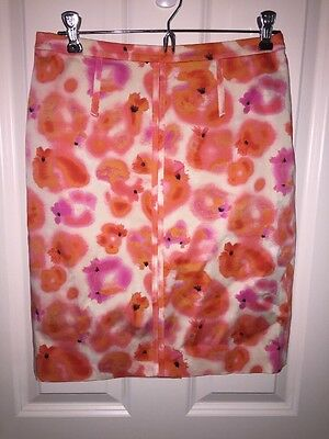 Ann Taylor Ladies Size 2 Pencil Skirt White Pink Floral  NWOT. Above Knee