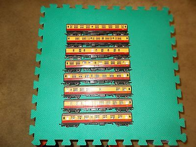 Model Trains Triang (Tri-Ang) + Lima Carriages X 8 Ho