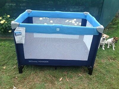 Portable Baby's Cot