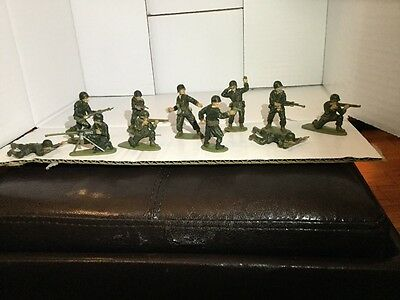 Vintage 1970 's American Infantry Toy Soldiers 1:32 Scale