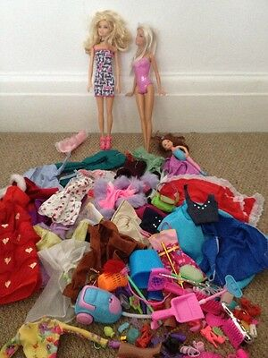 Outfits And Accessories to Fit Barbie