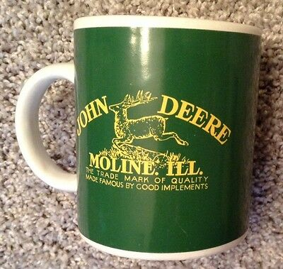 JOHN DEERE Coffee Mug GREEN with logo MOLINE ILLINOIS NWT 2187