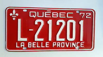 superb 1972 QUEBEC  LICENSE PLATES L-21201
