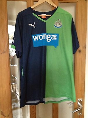 Newcastle United Football Shirt - Size XL - Fantastic Condition