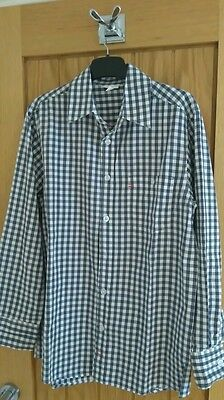 Vertbaudet checked, long sleeve shirt. Boys age 14. Excellent condition.