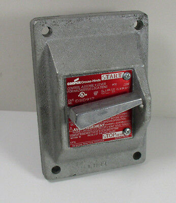 Crouse-Hinds DSD917 Explosion Proof Manual Motor Starter Cover with GE Switch