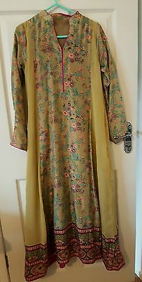 Green pakistani asian indian dress suit kameez sana safinaz gul ahmed maria b