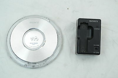 Sony Walkman D-NE1 CD Player With Charger