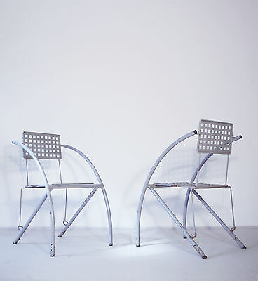 VINTAGE 80s DESIGN LACQUERED METAL GARDEN CHAIRS IN THE MANNER OF MARIO BOTTA