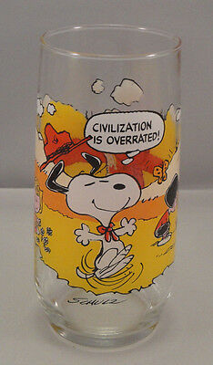 MCDONALDS Camp Snoopy Drinking Glass 1971 Peanuts Charles Schulz Woodstock VTG