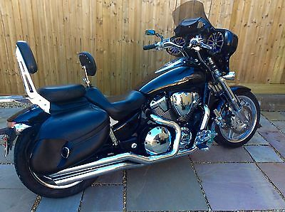 Honda VTX 1800 F Custom Cruiser with LOTS of extras fitted. New Tyres & MOT.