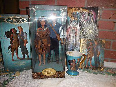 Disney Fairytale Designer Pocahontas and John Smith with Cup and Journal