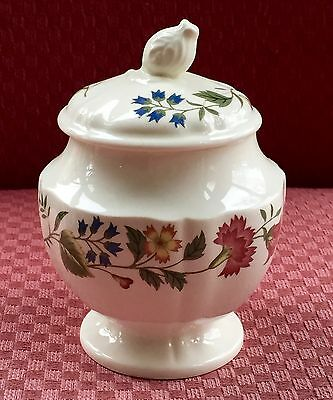 """Wedgwood """"Derwent"""", Sugar Bowl with Lid, Off White with Blue & Red Flowers, 1968"""