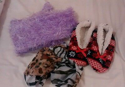 scarf and slipper bundle