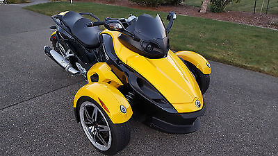 2008 Can-Am Can Am  Premier Edition Can-Am Spyder 2008 in Mint Condition