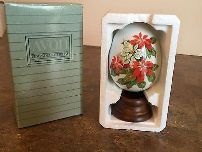 Avon Gifts Of Nature Porcelain Egg 1987 Collectible Egg Winter's Treasure
