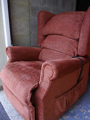 Sherborne twin motor ELECTRIC RISER RECLINER CHAIR, can deliver 20 miles