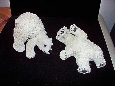 Polar Bear Figurines, 2 Pieces