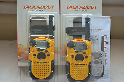 Motorola Model Ta 200 Talkabout Walkie-Talkie Pair