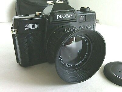 Protax 2000 Film Camera 35mm Lens 50mm  Black Case Manual Color Photo's Pictures