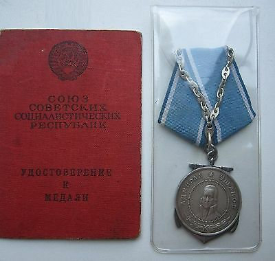 Soviet medal of Ushakov w document 100% original. From collection