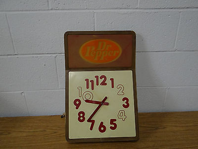 VINTAGE 1960's DR PEPPER 10 - 2 - 4 ELECTRIC WALL CLOCK