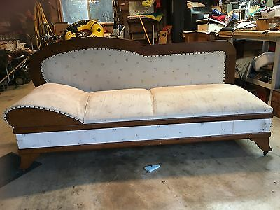 Antique Golden oak daybed, fainting couch