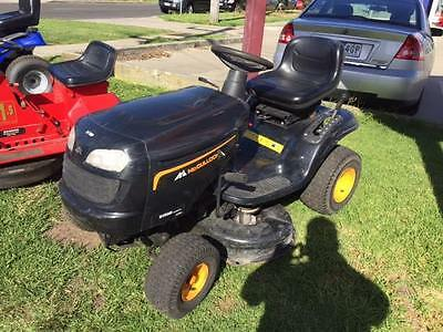USED McCulloch 17.5HP Briggs & Stratton Intek engine, Automatic Ride on Mower