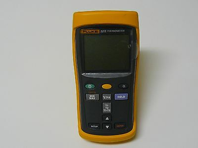Fluke 52 II  Handheld Digital Thermometer  52ii, 52II, 52-2 GREAT CONDITION!!