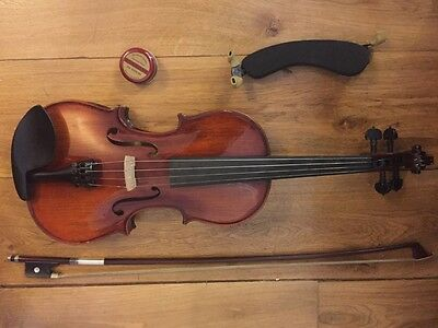Stentor Violin 4/4 with Case