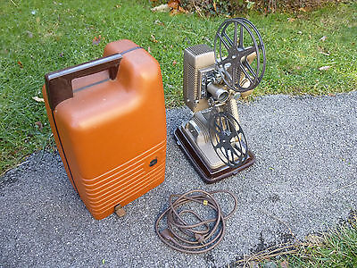 Vintage Revere Camera Co. Model 48 16mm Movie Projector w/ Case Reels Works