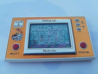 Vintage, Retro, Collectible Nintendo GAME & WATCH TROPICAL FISH TF-104 1985