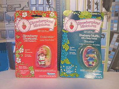 Strawberryland Miniatures Huckleberry Pie And Strawberry Short Cake 1981 Carded