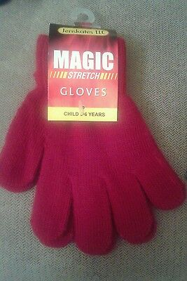 BOYS / GIRLS  Stretch Gloves Winter Warm Plain Solid Red Size  3-6 years