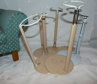"""DOLL STANDS Sturdy Durable Base Lot of 7 14""""-16"""" Dolls"""