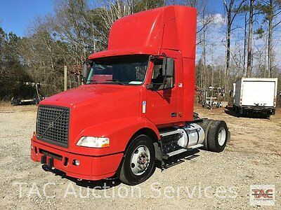 2006 Volvo VNM Single Axle Day Cab Cab & Chassis